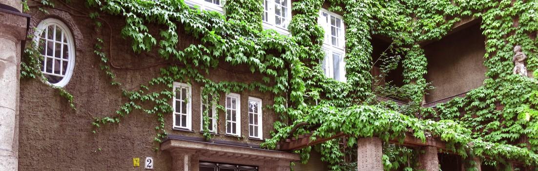 Berlin 10629 - Niebuhrstraße - Grünes Haus - Architekt Albert Gessner - 150509-008