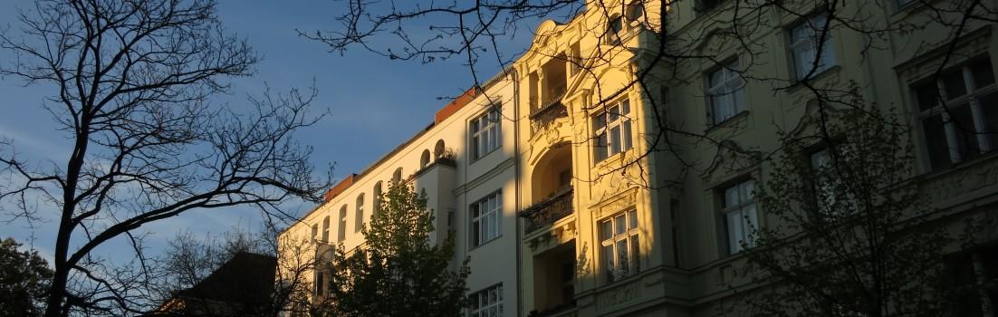 Berlin 10585 - Gierkezeile - 170430-016